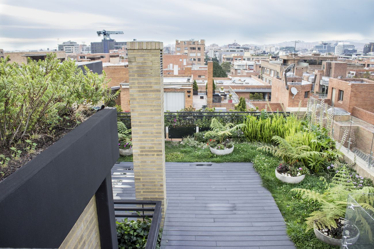 Jardines verticales bogot y colombia vert n for Jardines verticales precios